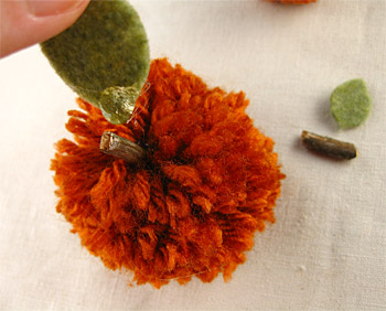 Pom Pom Pumpkin Leaves