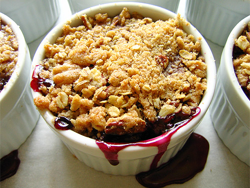 Individual Black and Blue Mixed Berry Crisps